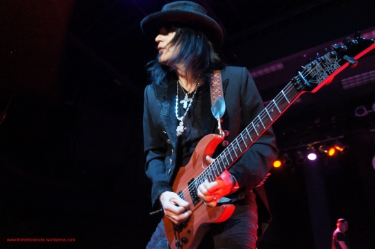 Robert Sarzo on fire!
