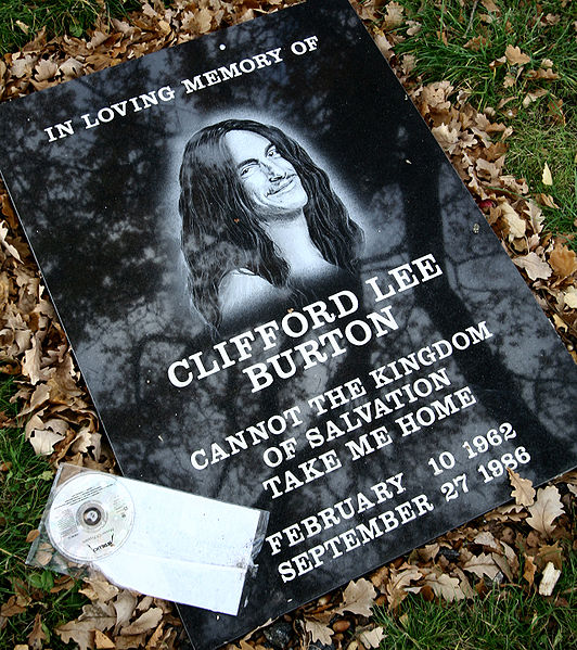 532px-Clifford_Burton_Memorial_Stone_At_Crash_Site