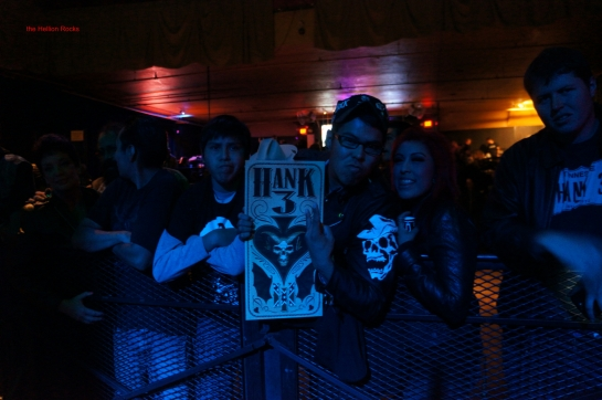 Die hard fans of Hank 3